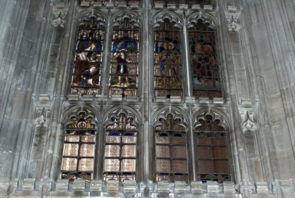 Picture of a window in St George's Chapel commemorating those members of St George's School who gave their lives in the two World Wars.