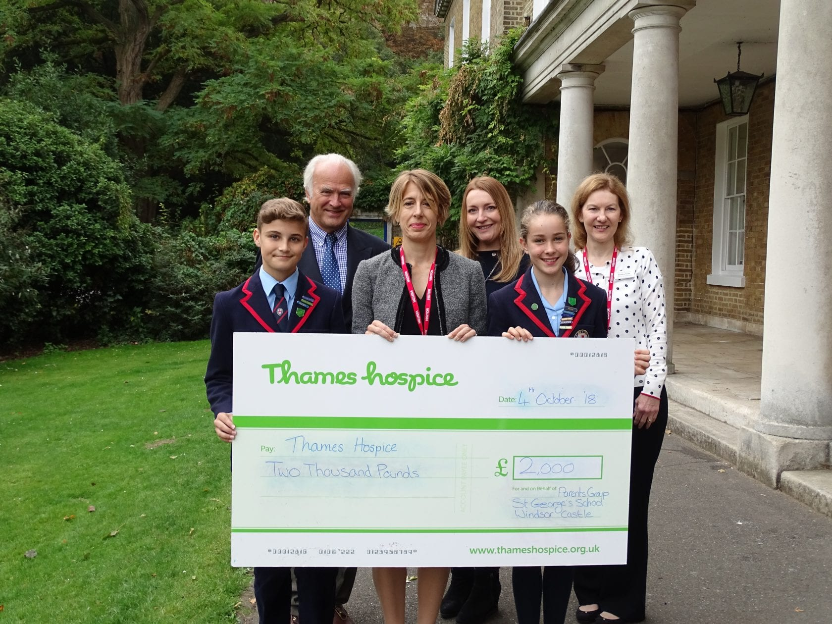 Parents' Group raises money for Thames Hospice